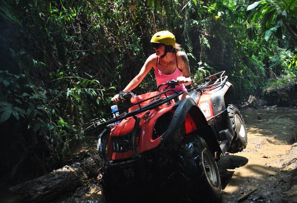 巴厘岛自由行 atv丛林四轮越野摩托车沙滩车