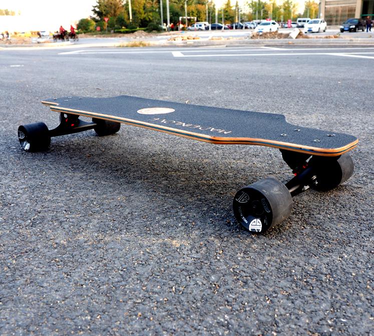 正品mil四轮滑板刷街板代步板公路板 mini迷你长板小鱼板男女小孩