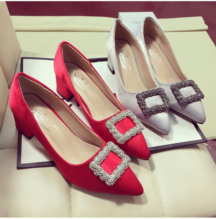 Купить из Китая Туфли со стразами через интернет магазин internetvitrina.ru - посредник таобао на русском языке